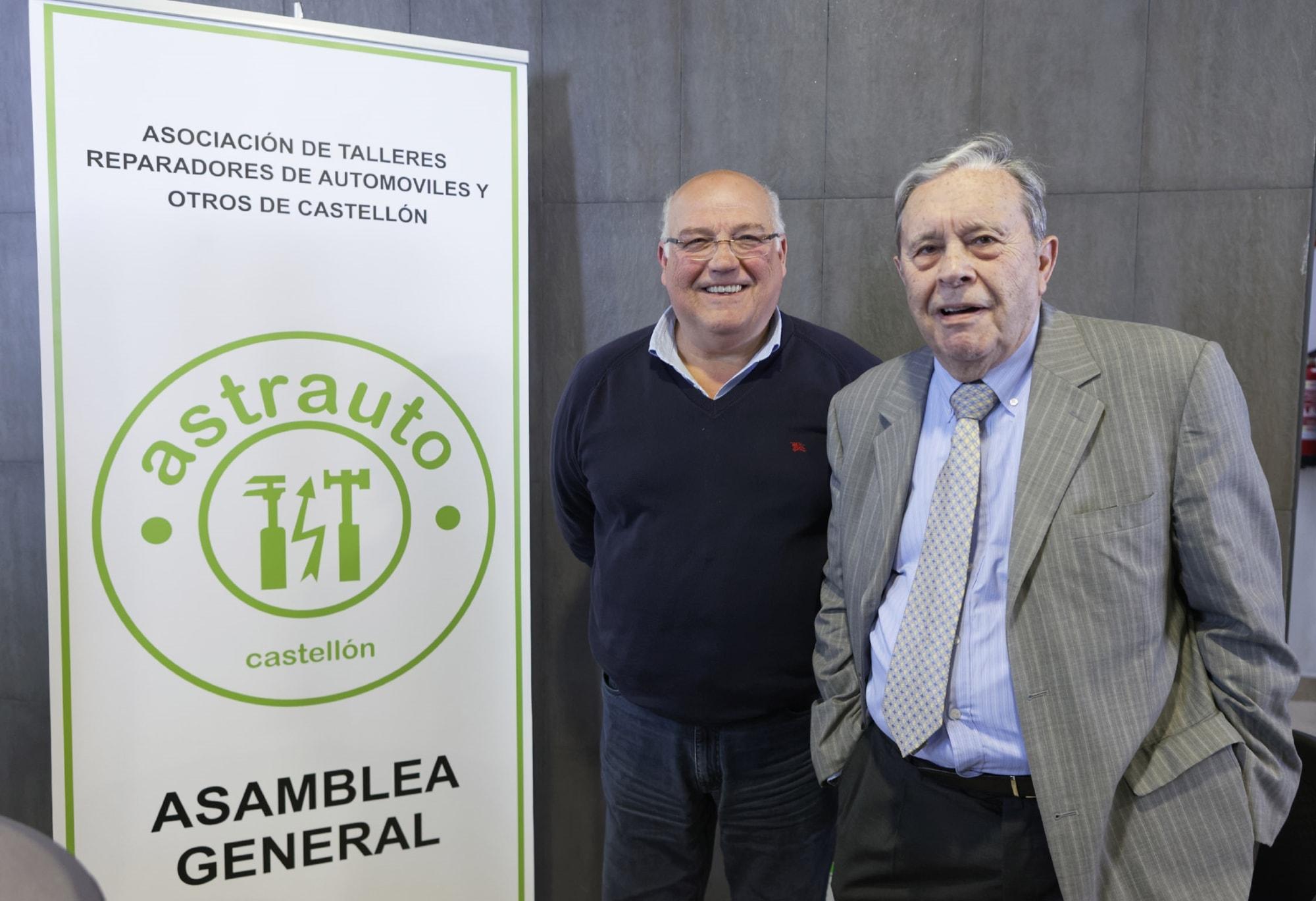 Julio del Rosal junto al expresidente Martirián Martín