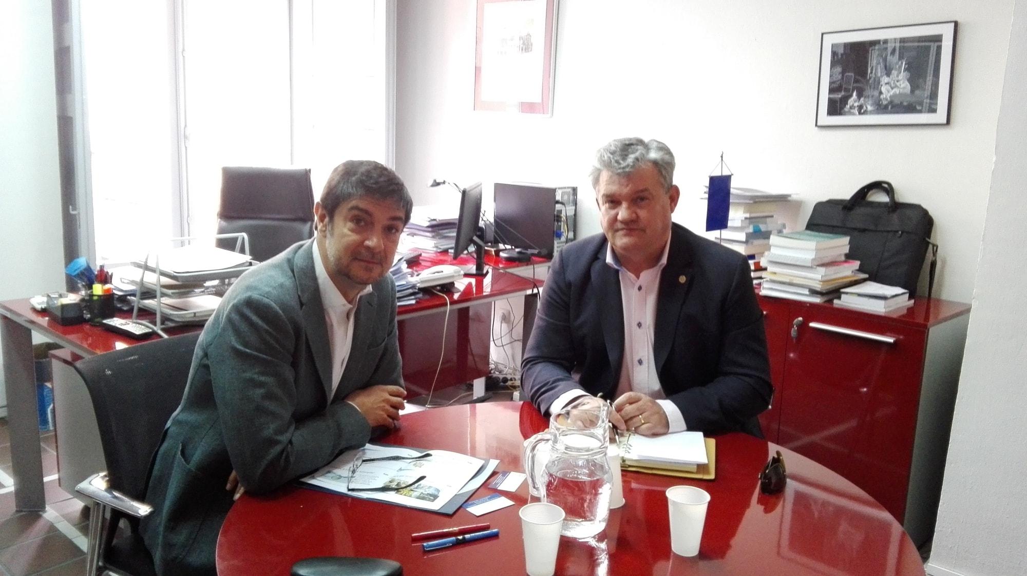 Juan Ávila Francés, secretario general de FEMP y Antonio Atiénzar, vicepresidente segundo de CETRAA.
