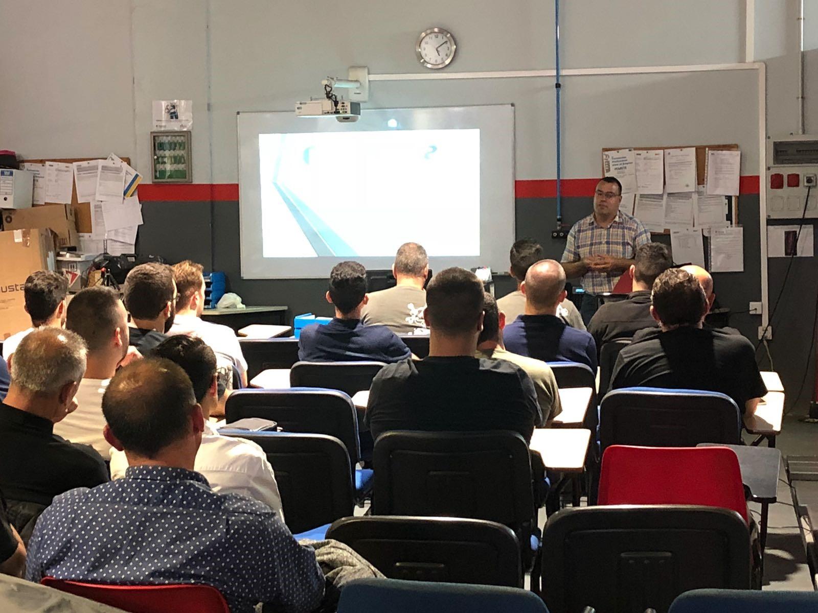 Los talleres de la provincia tinerfeña se forman con Asintra