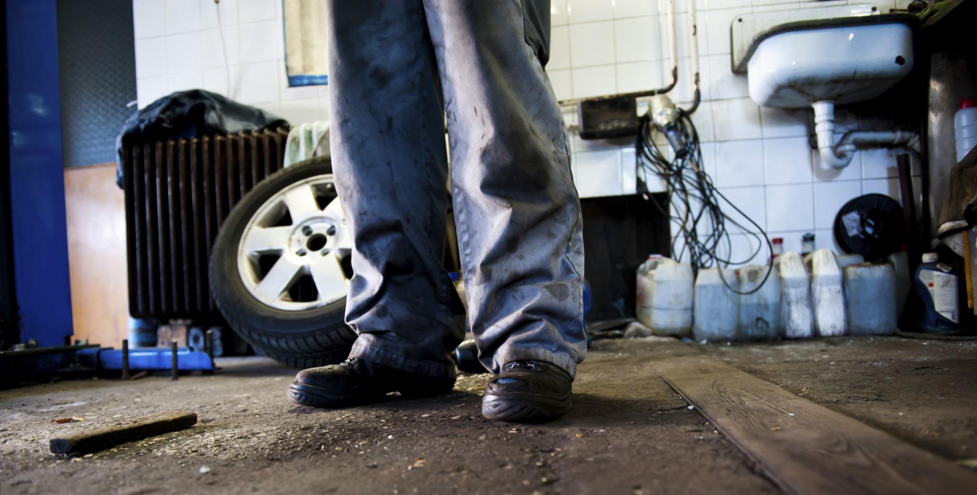 Campaña de inspecciones de la Guardia Civil contra talleres clandestinos en colaboración con ANTRV (CETRAA Navarra).