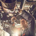 Las ayudas directas a empresas extremeñas excluyen a los talleres de coches